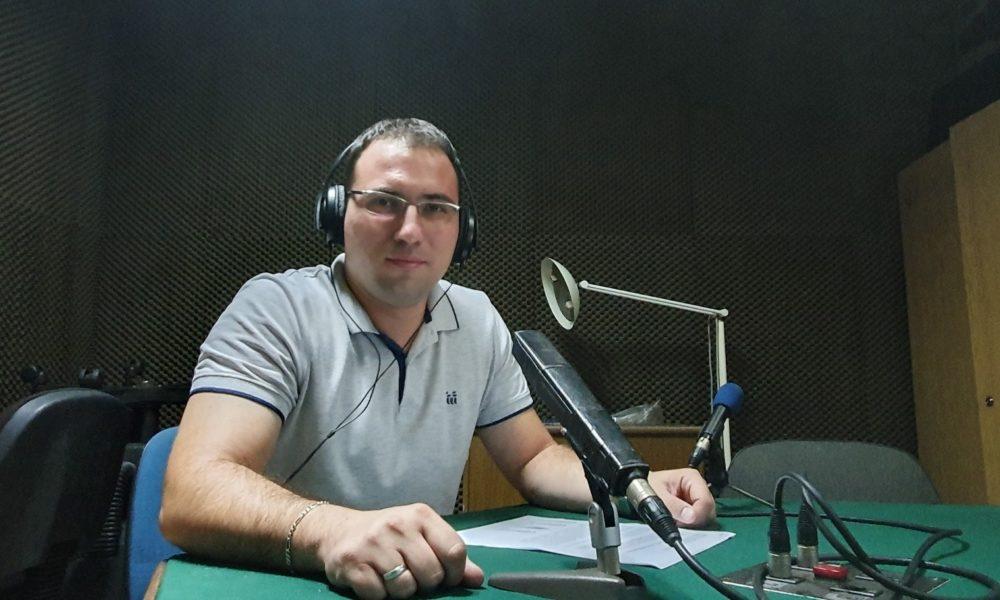 Nino Hasanica Gost BH Radija 1 – Tema Skrining Lokomotornog Sistema Učenika