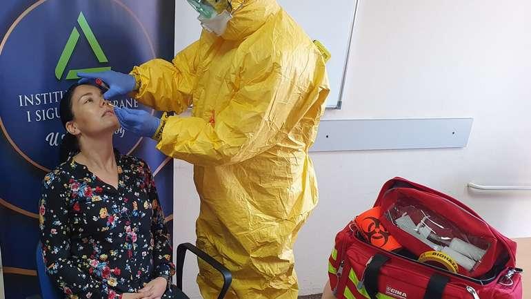 PRENOSIMO – Al Jazeera Balkans – Kako Je Izgledalo Testiranje Prve Osobe Zaražene COVID-om 19 U FBiH